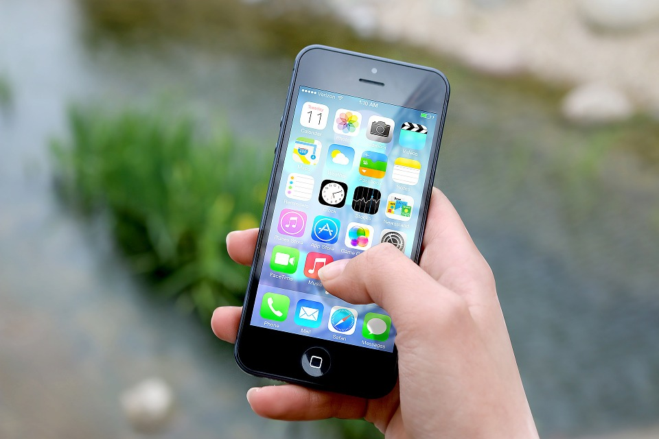 Hackers Are Primary iPhone Protection Risk